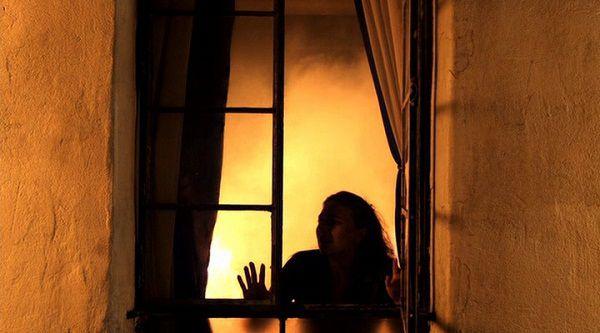 Пожар в окне