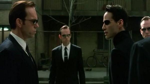Нео и агент Смит
