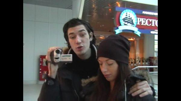 Видео в аэропорту
