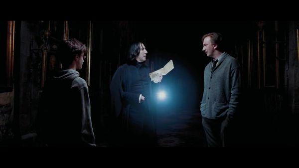Ночью в коридоре