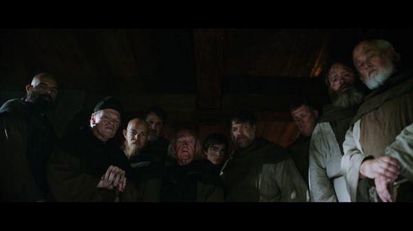Группа монахов
